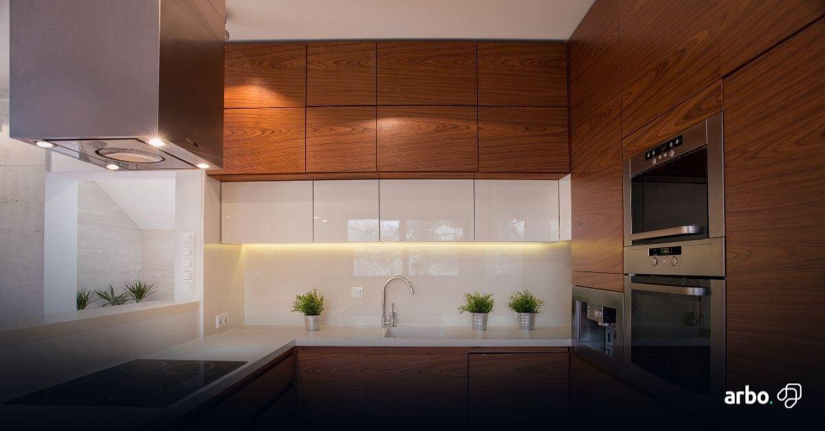 armário aéreo na cozinha