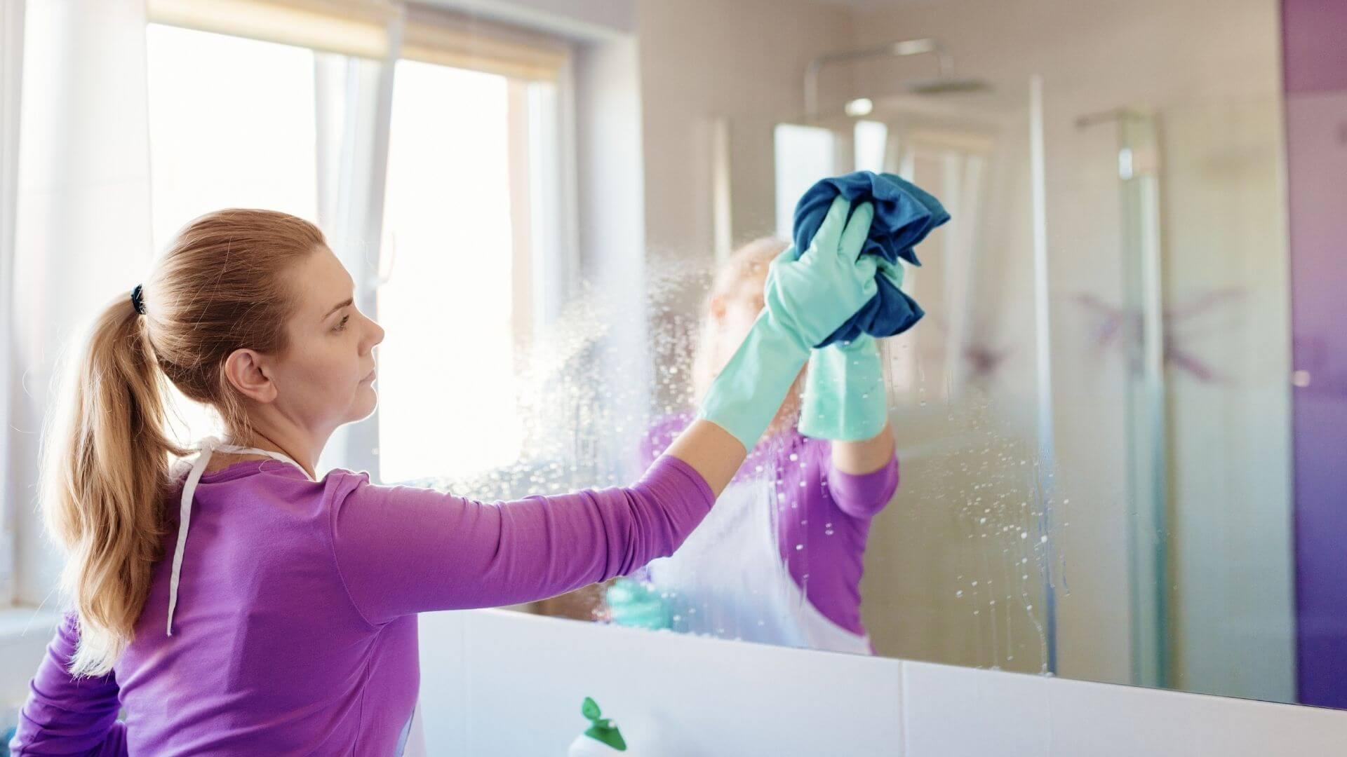 limpeza da casa espelhos e box