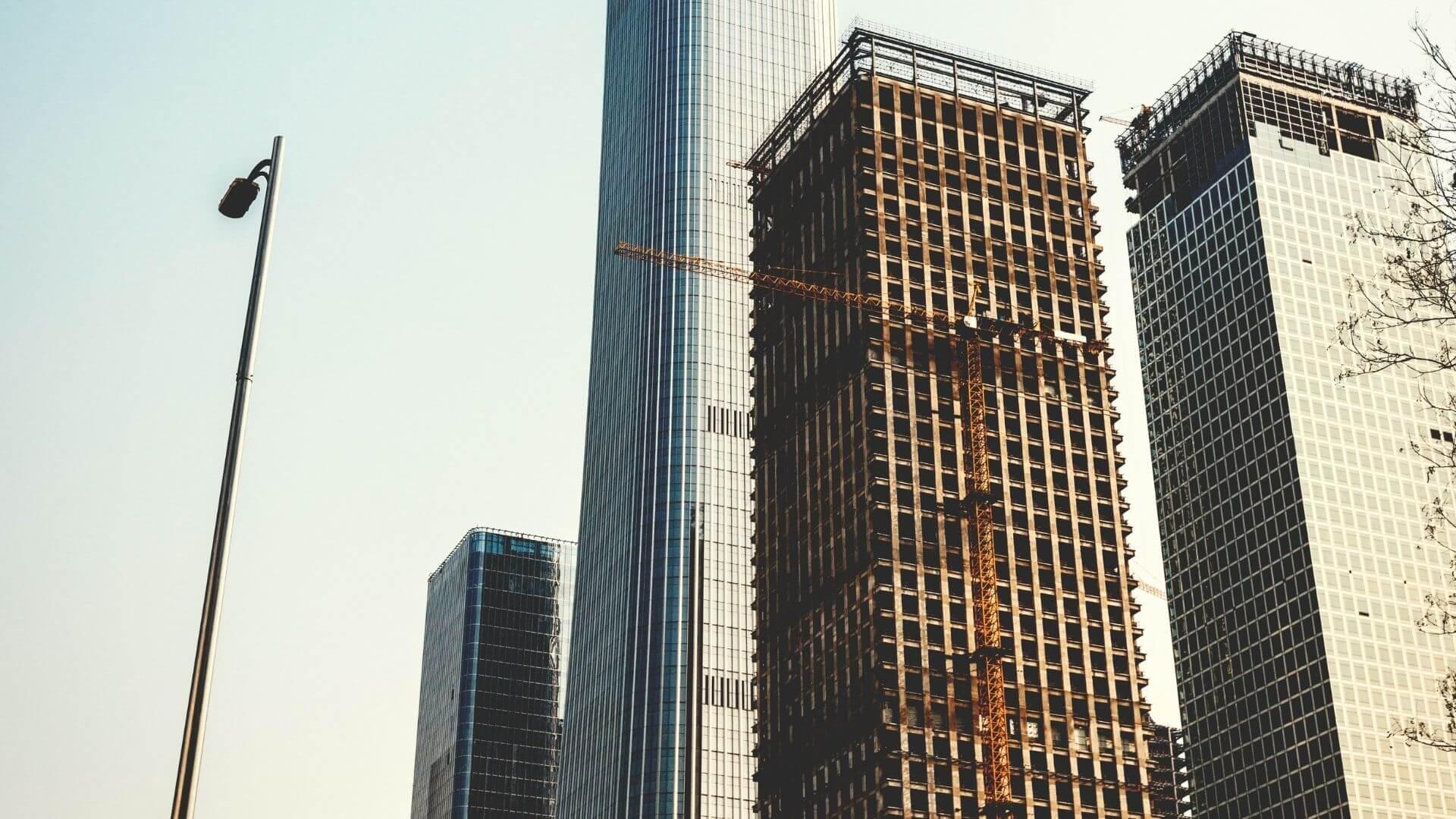 funções incorporadora e construtora